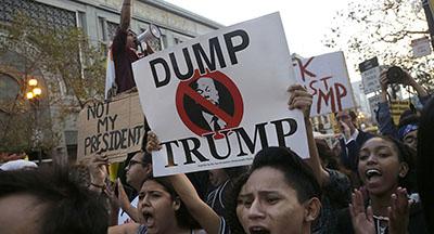 اعتراضها ضد ترامپ در نیویورک، لسآنجلس، فیلادلفیا و دیگر نقاط آمریکا ادامه دارد