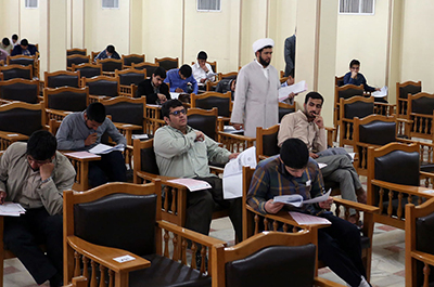 بهرهگیری دانشگاهها از ظرفیتهای حوزههای علمیه در پژوهش ضروری است