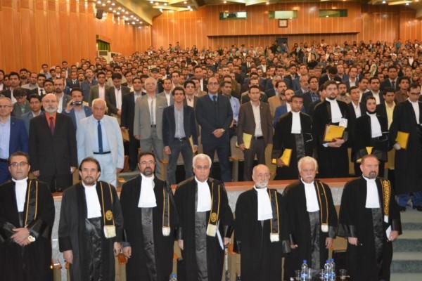 ظرفیت کانون وکلای دادگستری استان مرکزی برای آزمون وکالت سال ۹۵، ۱۵ نفر تعیین شد