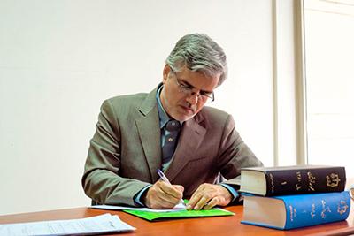 نامه محمود صادقی به آیت الله آملی لاریجانی درباره شایعات پیرامون حسابهای بانکی در قوه قضاییه