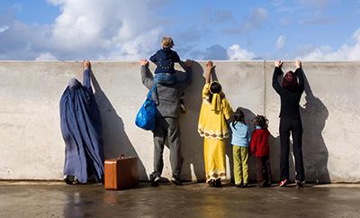 اتریش خواستار تغییر سیاست اروپا بهمنظور کاهش هجوم پناهندگان شد