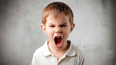 چگونه پرخاشگری به کودکان لطمه میزند!
