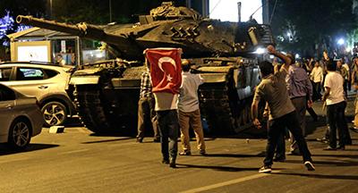 کودتا مغایر حقوق بینالملل نیست