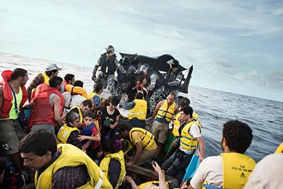 آمریکا پناهجویان حاضر در استرالیا را میپذیرد