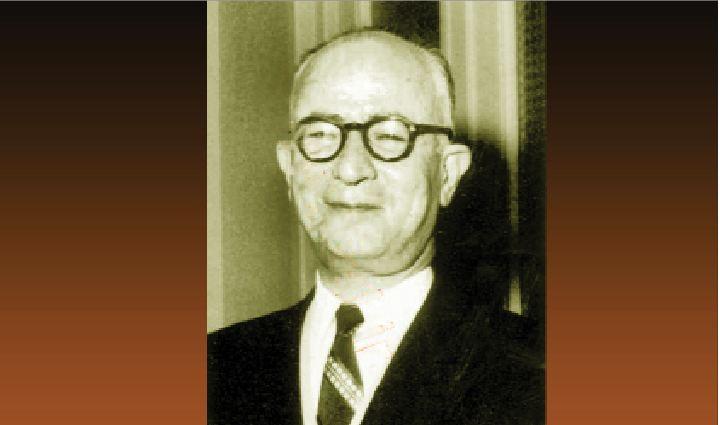 احمد متین دفتری