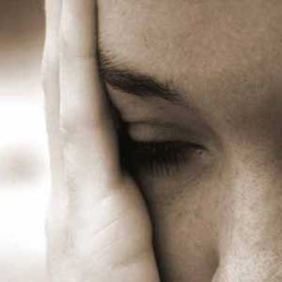 خشونت علیه زنان جرم خاص است یا خیر؟ و آیا خشونت الزاماً باید فیزیکی باشد؟