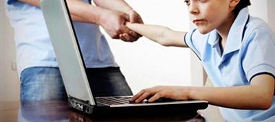 تبیین نقش آموزش مبتنی بر تعلیم و تربیت اسلامی در پیشگیری از آسیبهای فردی- روانی فضای سایبری