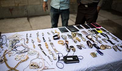 مجازات خرید مال دزدی چیست؟ دقت در خرید از معتادان متجاهر