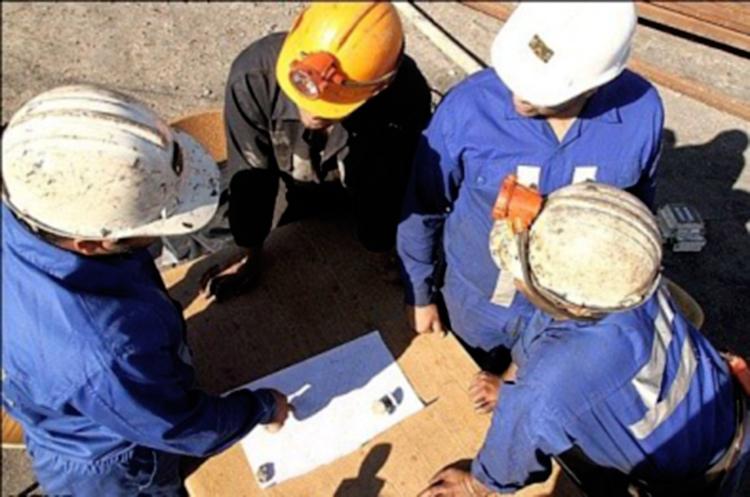 بررسی اصل لزوم در قراردادهای کارگری و کارفرمایی